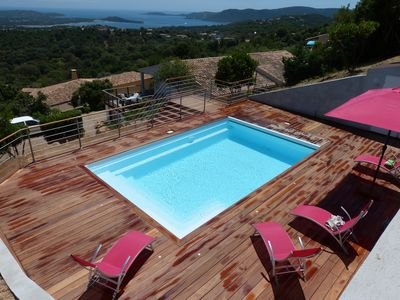 Photo for Luxury villa, panoramic view of the sea, heated pool, sleeps 6