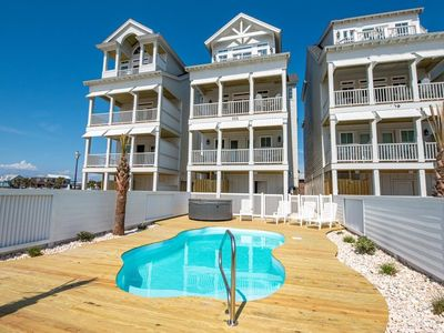 Photo for Direct Oceanfront in the heart of Atlantic Beach!