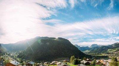 """Photo for At 400 m from the center and 700 m from the Super Châtel ski lifts, the """"Vonnes"""" residence is at 40"""