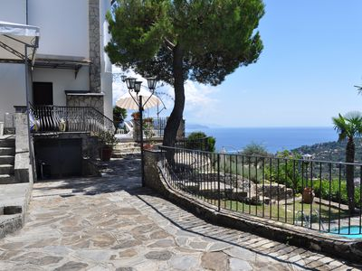 Photo for Villa Elisabetta: stunning sea views and large garden with pool
