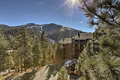 Experience the Lake Tahoe Area from this vacation rental condo!