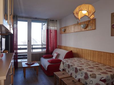 Photo for Apt LES MENUIRES at the foot of the slopes for family 4 to 5 people