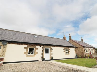 Photo for GATEWAY COTTAGE, pet friendly in Widdrington, Ref 934683