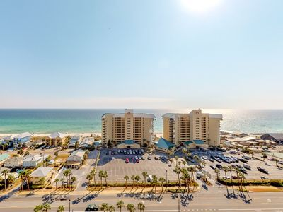 Photo for Cozy coastal condo with shared pool, hot tub and easy beach access!