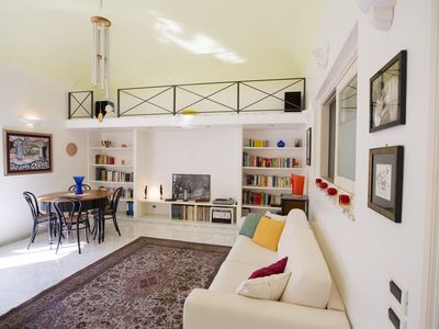 Photo for Domus Osterio Magno - in the center of everything and a stone's throw from the beach