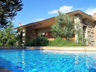 Photo for Villa with private pool and air cond.