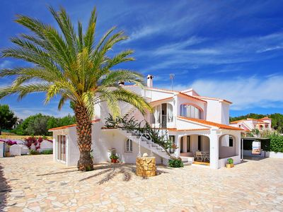 Photo for This 5-bedroom villa for up to 10 guests is located in Calpe and has a private swimming pool and Wi-