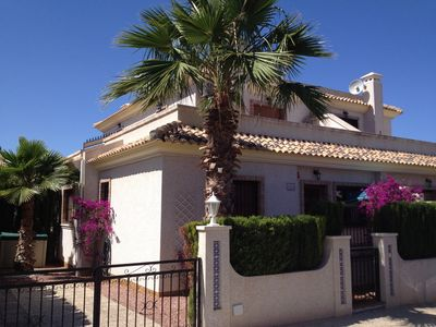 Photo for Spacious holiday home with communal pool in lovingly maintained complex