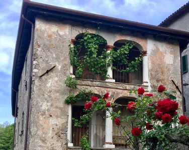 Photo for Tuscan ancient country house