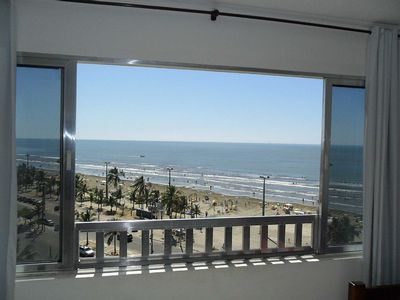 Photo for Oceanfront apartment with garage in Peruíbe