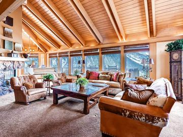 Mountain Valley Retreat: 6 BR / 6 BA home in Aspen, Sleeps 12