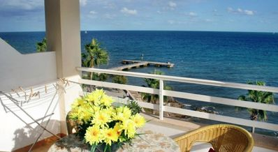 Photo for Apartment Overlooking the sea and beach of Cala Millor Balcony, wifi, Lift,