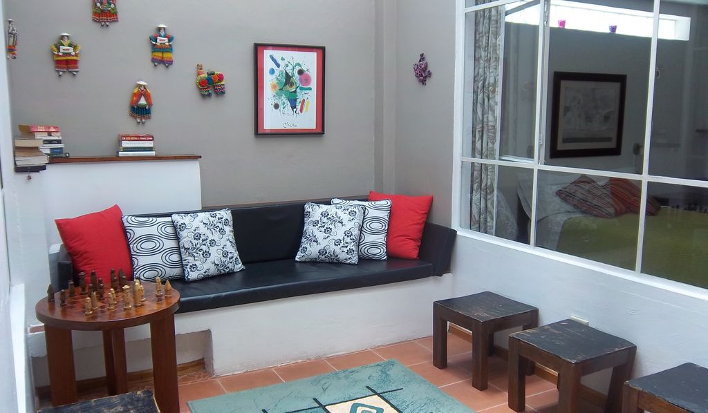 Great APARTMENT In Metropolitan Quito Area English French And Spanish