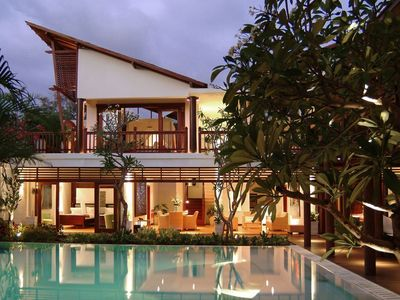 Photo for 6 Bedrooms Villa in Sanur For Big Groups