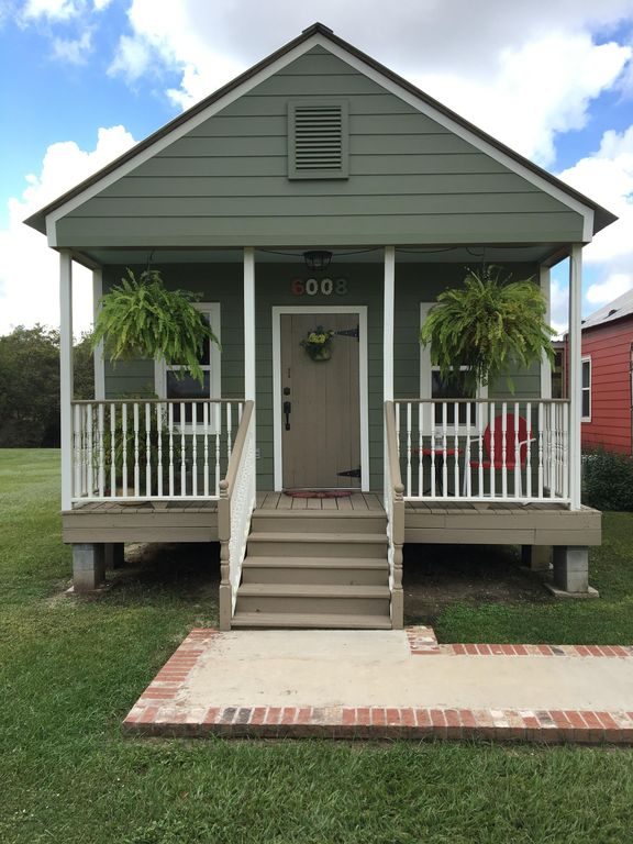 Peaceful Private Cottage On Bayou Teche Vrbo