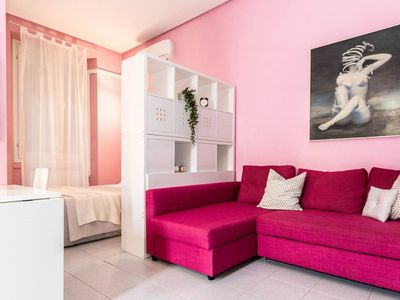 Photo for Confalonieri Green apartment in Centro Storico with WiFi, air conditioning & lift.