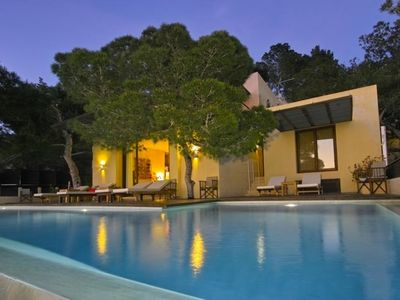 Photo for 4 bedroom Villa, sleeps 10 in Cala Gració with Pool, Air Con and WiFi