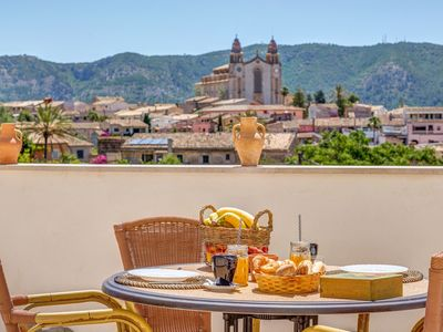 Photo for Cozy Apartment in Mallorca's Beautiful Countryside with Mountain View, Wi-Fi; Parking Available; Pets Allowed