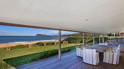 Photo for Absolute Beachfront Holiday House