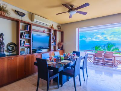 Photo for Oceanfront 3BD Villa/ Pool Isla Mujeres  suite105