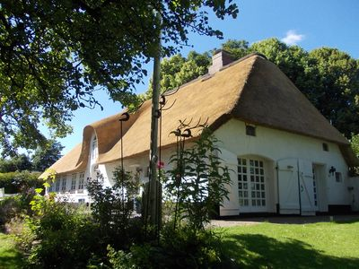 Photo for Old Frisian house, baroque fairytale garden, sauna, Wi-Fi, Entertain TV