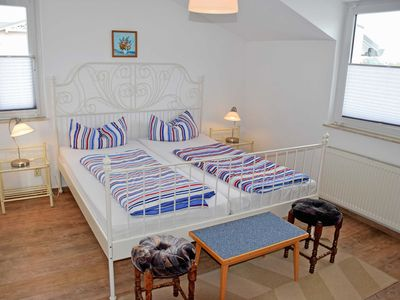 Photo for Ferienappartement 03 - Pension in Ostseebad Sellin
