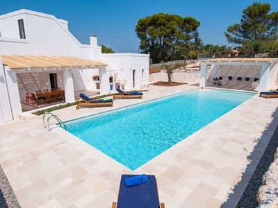 Photo for Renovated villa with private pool and huge garden with equipped terrace