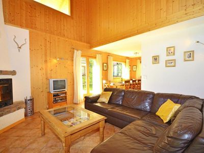 Photo for Surface area : about 130 m². Living room with settee, fireplace. 2 bedrooms with double bed
