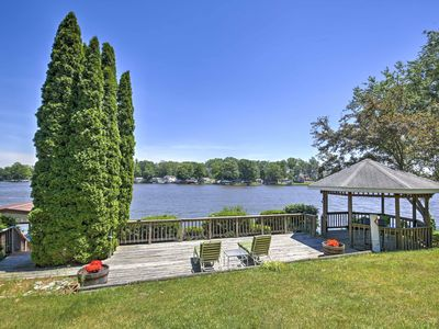 Photo for Beautiful Waterfront Monticello House w/Fire Pit!