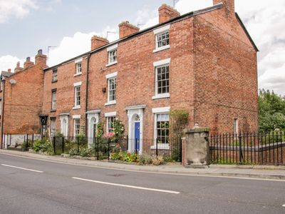 Photo for 1 Reabrook Place, SHREWSBURY