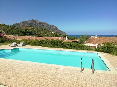 Photo for Four-family villa in front of the sea private pool
