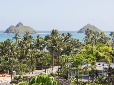 Photo for Lanikai Hillside Cozy Cottage with Spectacular Ocean View with Mokulua Islands.