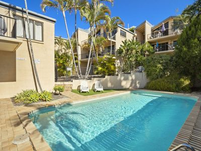 Photo for 5 Minute walk to Hastings Street - Unit 9 Descola 6 Noosa Drive