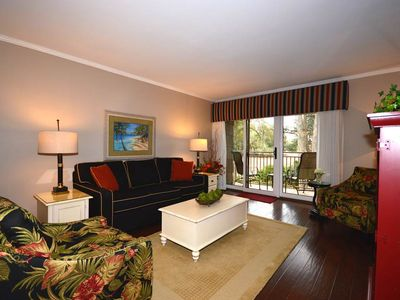 Photo for 470 Plantation Club | Overlooking Golf Course | Short Bike Ride to Beach & Sea Pines Beach Club