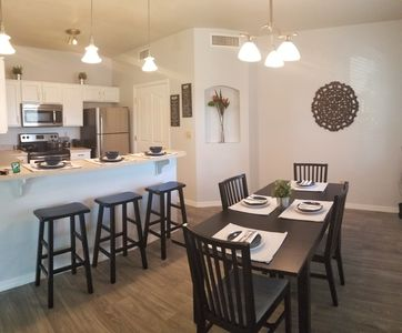 Heart of Old Town Scottsdale!! Condo Sleeps 4 plus with Pool