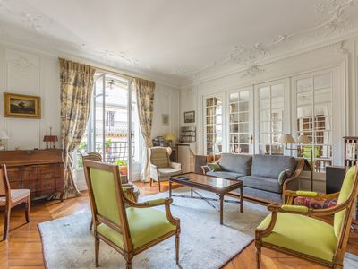 Photo for Stunning 3BR apartment in the 8th, classic Parisian style, by Veeve