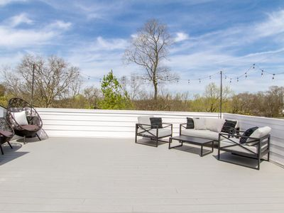 Photo for GORGEOUS ROOFTOP DECK ✶ EAST NASH ✶ PRIME LOCATION