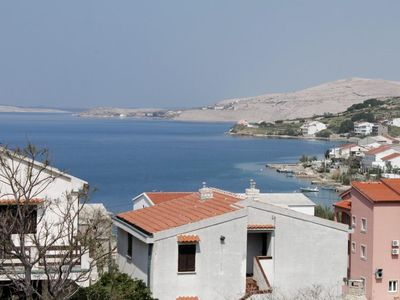 Photo for Two bedroom apartment with balcony and sea view Metajna (Pag)