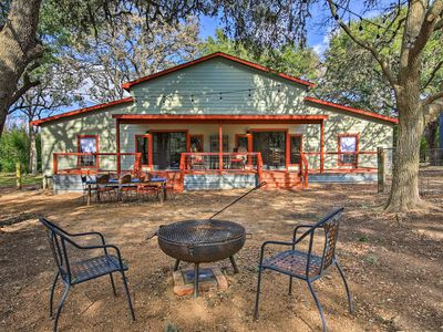 Photo for NEW! Charming 'Villa Cardinale Cabin' in Helotes!