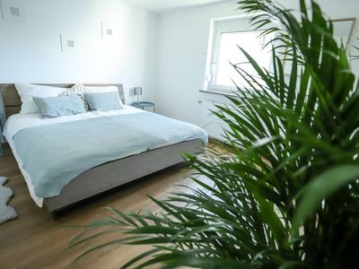 Photo for ☆ Double Apartment ☆ 3 King Beds Kitchen Parking