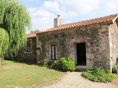 Photo for The Courtyard Cottage 25kms from Parc Puy du Fou