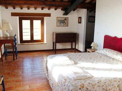 Photo for Beautifully restored farmhouse in Montecassiano countryside