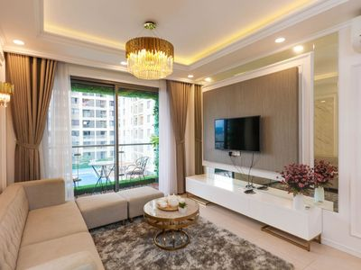 Photo for Brand New Lux 2BR 2BA Apt, Near DT - 1.6km