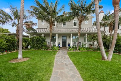 Ocean and Bay close, custom home in quiet upscale area.Minutes to beach & dining