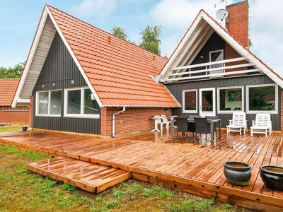 Photo for 10 person holiday home in Glesborg