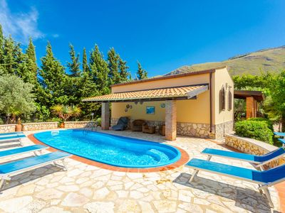 Photo for Villa Dalila: Large Private Pool, A/C, WiFi