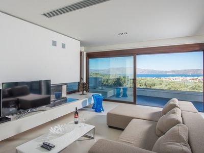 Photo for 5BR Villa Vacation Rental in ??????, ?????