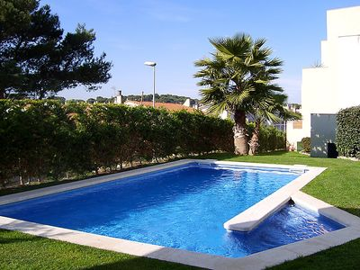 Photo for 3 bedroom Apartment, sleeps 6 in l'Escala with Pool