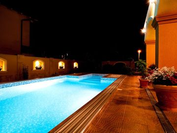 New villa with air conditioning in Siofok with large pool, just 100m from the beach