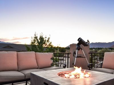 Photo for 117 PV | PRIVATE HOT TUB, 2 PS4s, TELESCOPE, OBSERVATION BALCONY, GAMES AND MORE!